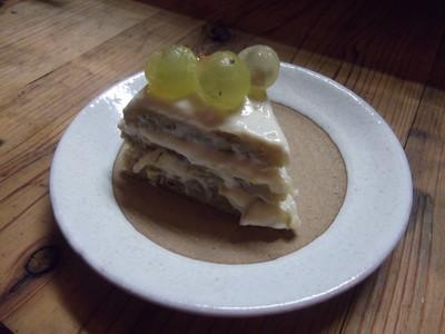 りんごとぶどうのショートケーキ.JPG